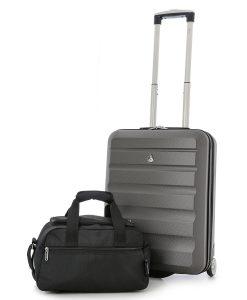 Ryanair Максимален Ръчен Багаж 55x40x20+40x20x25